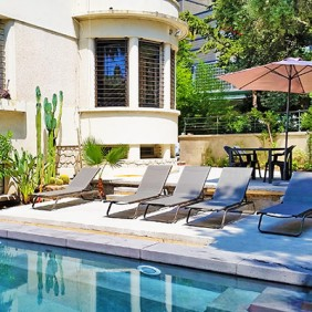le jardin villa catouna guest house gay montpellier centre. Black Bedroom Furniture Sets. Home Design Ideas